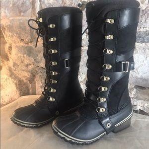 BRAND NEW SOREL Conquest Carly Black size 5